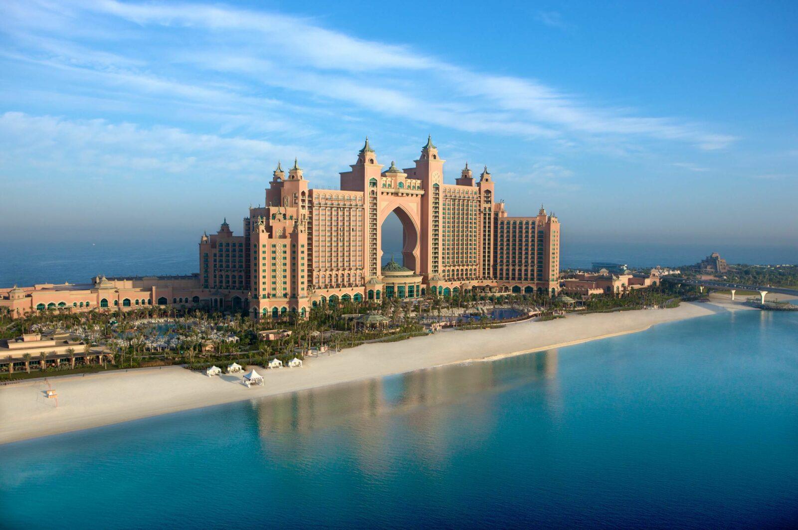 Знаменитый курорт Дубаи